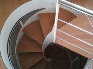 FPL srl Vestíbulos, pasillos y escalerasEscaleras