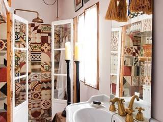 Klassische Badezimmer von Suelos Hidráulicos Demosaica Klassisch