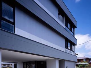 โดย タカオジュン建築設計事務所-JUNTAKAO.ARCHITECTS- โมเดิร์น