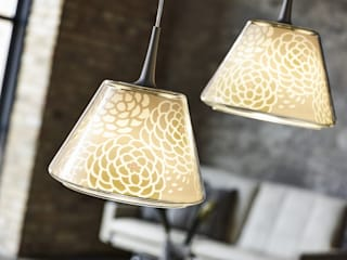 KIKU & SAKURA lamp shades for LE KLINT tona BY RIKA KAWATO / tonaデザイン事務所 Living roomLighting