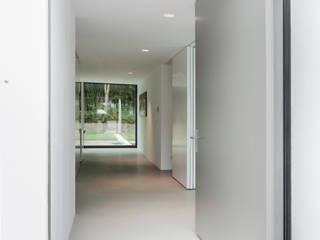 Houses by FritsJurgens BV, Modern