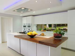 Cozinhas  por PTC Kitchens , Moderno