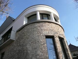 Villa DH:  Villa von bmb Architektur + Design