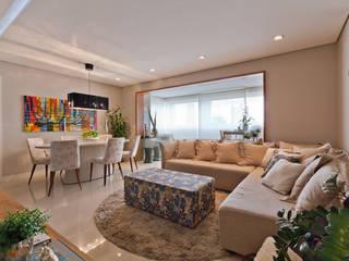 901: Salas de estar  por IE Arquitetura + Interiores