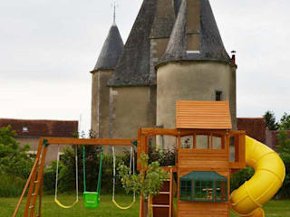 Picturesque Climbing Frames and Playhouses Classic style garden by Selwood Products Ltd Classic