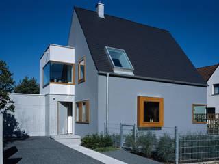 Wohnhaus, München Laim Moderne Häuser von Löffler Weber | Architekten Modern