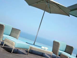 Fiji Lounge Sessel + Lounge Tisch:  Garten von KwiK Designmöbel GmbH
