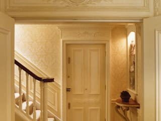 Mayfair Penthouse Classic style corridor, hallway and stairs by Meltons Classic