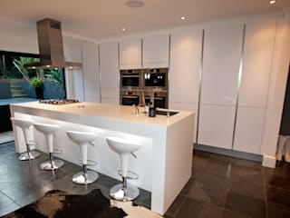 Matt Kitchens Cocinas de estilo minimalista de LWK London Kitchens Minimalista