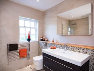 Bathroom by Raycross Interiors, Modern