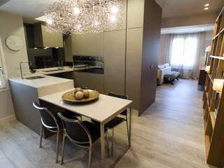 Reforma de vivienda integral. ELEGANT. COCINA Cocinas de estilo moderno de R-decora - Obras, Reformas y Decoración Moderno