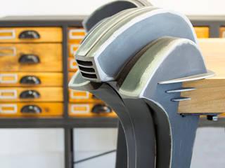 Clínica Juan Arias por Kikekeller Estudios y despachos de estilo industrial de Álvaro Leco Fotógrafo Industrial