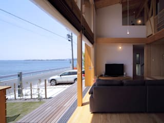 现代客厅設計點子、靈感 & 圖片 根據 久保田英之建築研究所 現代風