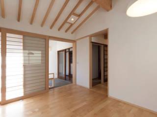 住み継ぐ家: 結人建築設計事務所が手掛けたダイニングです。
