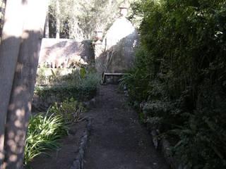 Restauro GR:  in stile  di SciaraNiura landscape architecture studio
