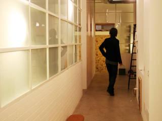 Koridor dan lorong oleh TRA - architettura condivisa