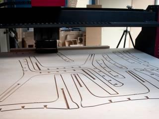 Le service 'sur-mesure' Espaces de bureaux modernes par Osmose le bois Moderne