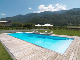 Villa - Boario Terme - 2007 Piscina minimalista di Brizzi+Riefenstahl Studio Minimalista