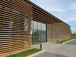 Gedung perkantoran oleh Zalewski Architecture Group, Minimalis