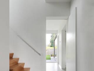Salon moderne par Bedaux de Brouwer Architecten Moderne