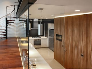 Open Plan Kitchen with Glass Wall Cocinas de estilo moderno de Elan Kitchens Moderno