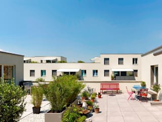 Balcon, Veranda & Terrasse classiques par Architekturbüro Klaus Zeller Classique