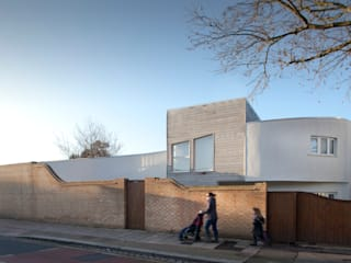 The Camberwell Curve Modern houses by Nic Antony Architects Ltd Modern
