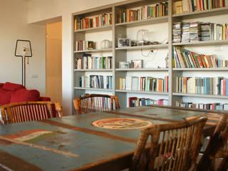 Casa Umanesimo Sala da pranzo moderna di Si Può Fare architetti associati Moderno
