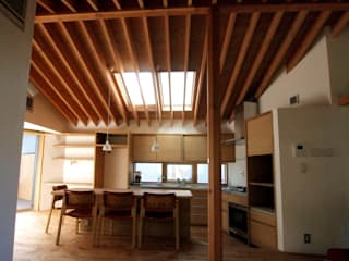 六面体の家 オリジナルデザインの ダイニング の 有限会社エムテイ建築工房 オリジナル
