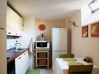Cucina dopo:  in stile  di Sara Dominici