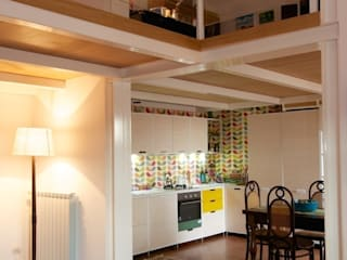 CASA ES 13: Sala da pranzo in stile in stile Moderno di CalìArchitetti