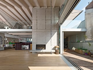 Stadthaus 2:  Wohnzimmer von HS Architekten BDA