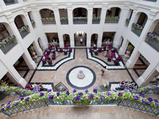 Detalles Hall hotel Villa Padierna *****: Hoteles de estilo  de FUENTEDECOR