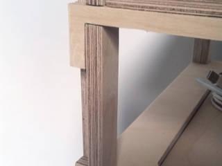 H FULL de ANDRE VENTURA DESIGNER Moderno