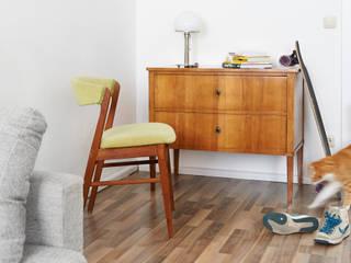 Modernes Wohnen mit antiken Möbeln:   von Antike Möbel Metzner