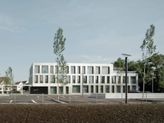 Modern office buildings by phalt Architekten AG Modern