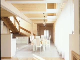 Дом из клёного бруса: Столовые комнаты в . Автор – Хандсвел