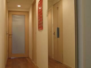 吉祥寺のSOHO-築35年・中古マンションのスケルトンリフォーム-: 鈴木賢建築設計事務所/SATOSHI SUZUKI ARCHITECT OFFICEが手掛けたスカンジナビアです。,北欧