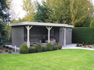 Prima Jake 300x600 cm Moderne tuinen van Lugarde BV Modern