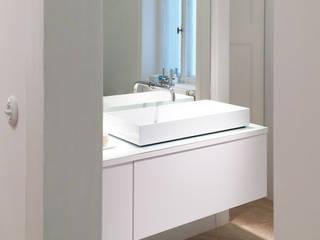 Ванная комната в стиле модерн от Karl Kaffenberger Architektur | Einrichtung Модерн