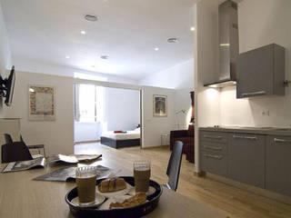 Cocinas de estilo  de Studio Racheli Architetti, Moderno