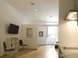 Salones de estilo  de Studio Racheli Architetti, Moderno