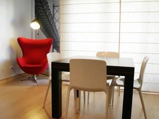Apartamento c/ 2 quartos - Carnide, Lisboa: Salas de jantar  por Traço Magenta - Design de Interiores