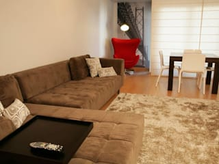 Apartamento c/ 2 quartos - Carnide, Lisboa Salas de estar modernas por Traço Magenta - Design de Interiores Moderno
