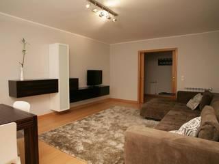 Sala Comum_Zona de estar: Salas de estar  por Traço Magenta - Design de Interiores,Moderno
