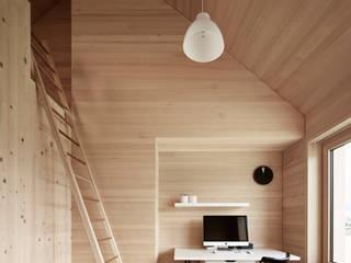 Study/office by Innauer-Matt Architekten ZT GmbH