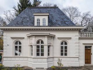 Kastellanshaus: klassische Häuser von ANNABAU