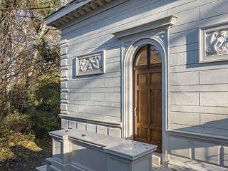 Kastellanshaus Bürgerpark Pankow: klassische Häuser von ANNABAU