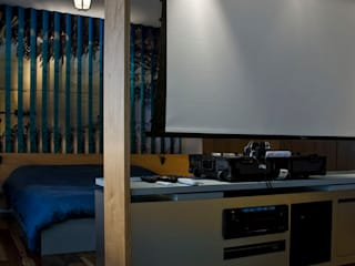 Modern style bedroom by ARQdonini Arquitetos Associados Modern