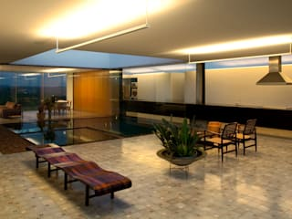 Hiên, sân thượng phong cách hiện đại bởi Tacoa Hiện đại